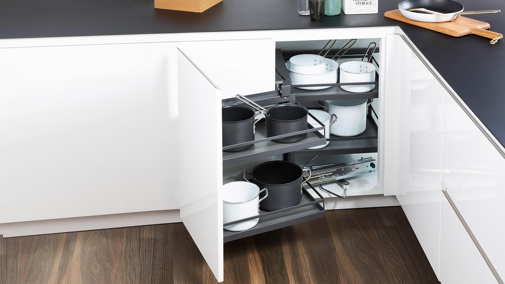 Küchen-Eckschrank Auszug MagicCorner - Kesseböhmer